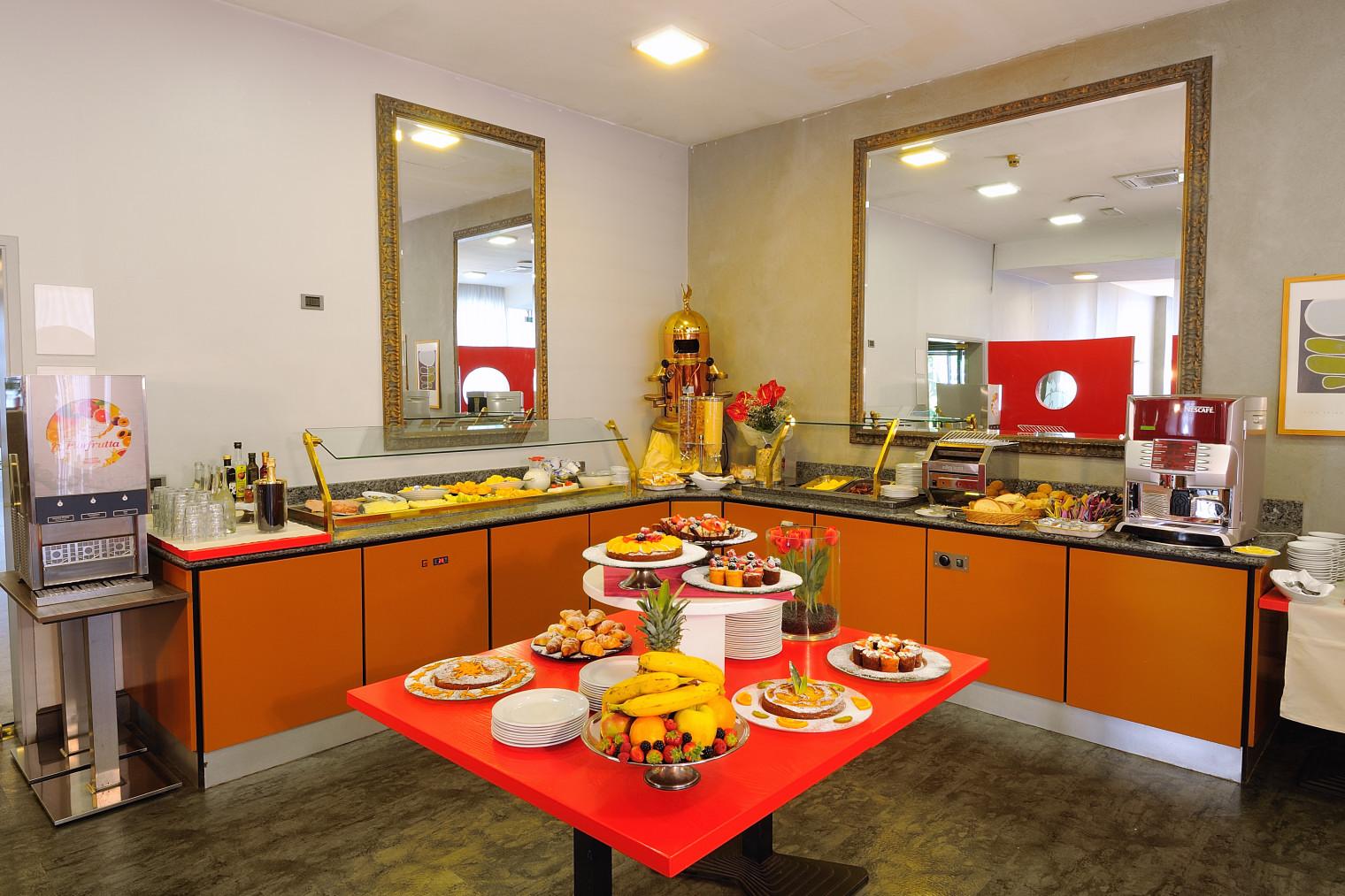 IH Hotels Milano Lorenteggio - Breakfast Room